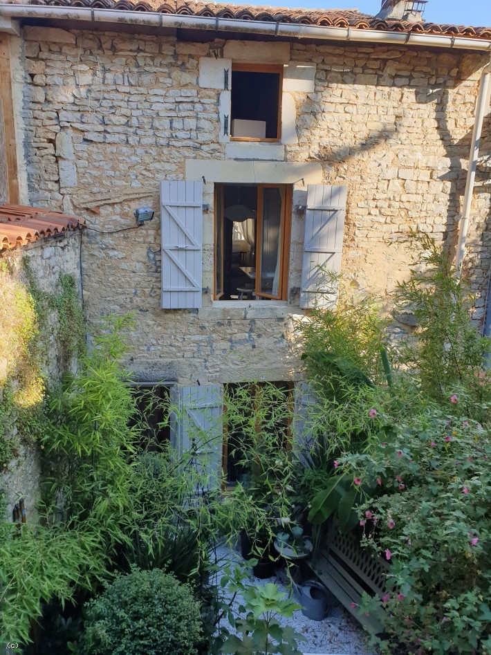 Character House in Verteuil Sur Charente with 4 Bedrooms and Garden