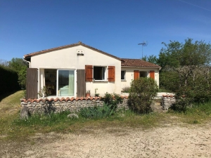 3 Bedroom Bunglaow On 2670m² Close To Verteuil-Sur-Charente