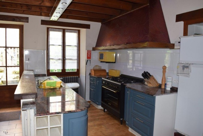 3 Bedroomed Stone House In A Pretty Village