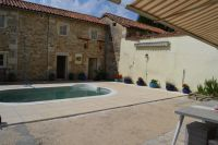 Village House with 7 Bedrooms, Pool, Garage - Charroux
